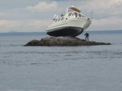 Boat aground in Puget Sound August 2010
